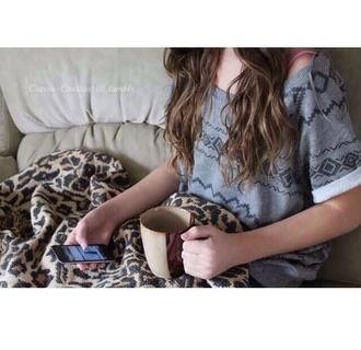 blouse grey shirt christmas shirt cheetah print blanket mug cup ipod