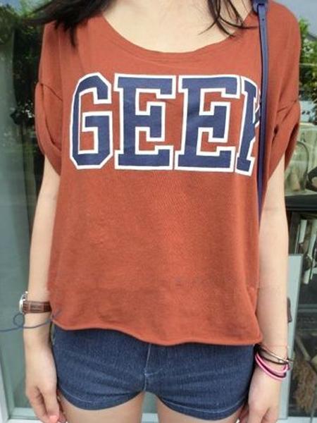 Red GEEK Printed Crop Top With Roll-up Sleeves | Choies