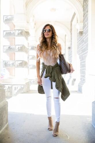 maria vizuete mia mia mine blogger jeans jacket shoes sunglasses bag jewels