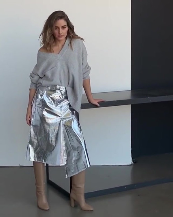 skirt olivia palermo blogger blogger style silver metallic celebrity boots sweater