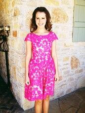 dress,lace,pink,knee length
