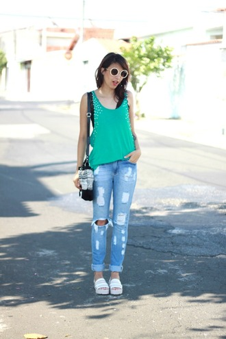 tank top green ripped jeans bag my name is glenn blogger slippers round sunglasses