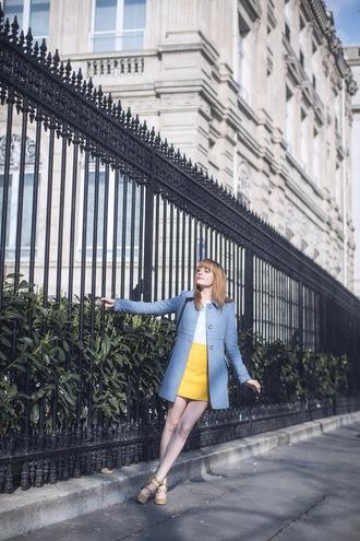 miss pandora blogger blue coat yellow skirt nude high heels