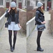 jacket,black,ribbed biker jacket,quilted biker jacket,biker jacket,leather jacket,coat,skirt