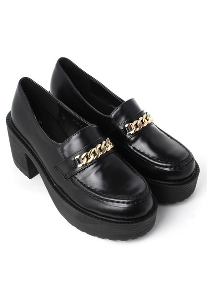 b7116c8f9ae shoes black gold chain home decor loafers