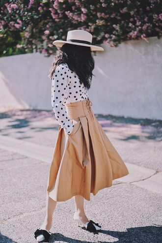 shirt hat tumblr polka dots sun hat skirt midi skirt nude skirt shoes pointed flats flats bow flats