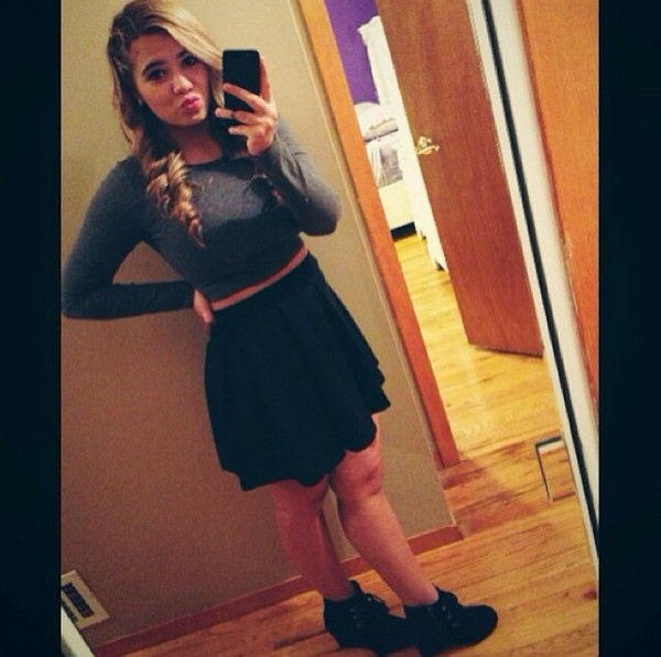 skirt urban outfitters crop tops grey high heels skater skirt shirt