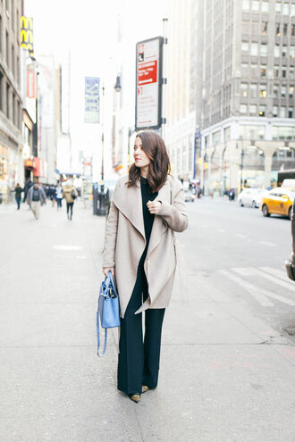 sequins and stripes blogger coat wide-leg pants blue bag