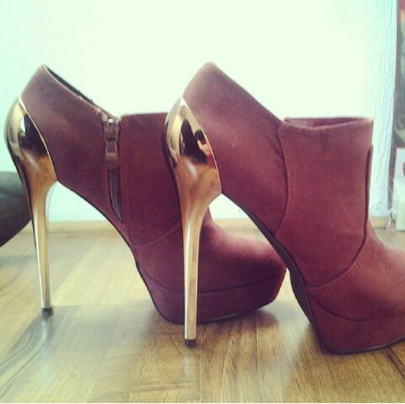 brown shoes gold heels