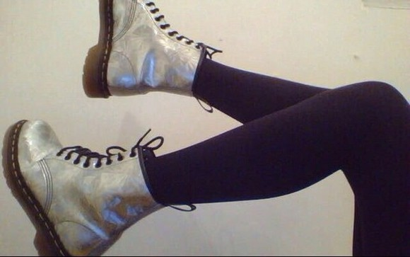 shoes boots kawaii silver hipster pale got emo retro tumblr pastel DrMartens