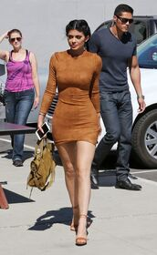 dress,boho,boho dress,outfit,brown leather bag,brown dress,kylie jenner,kylie jenner dress