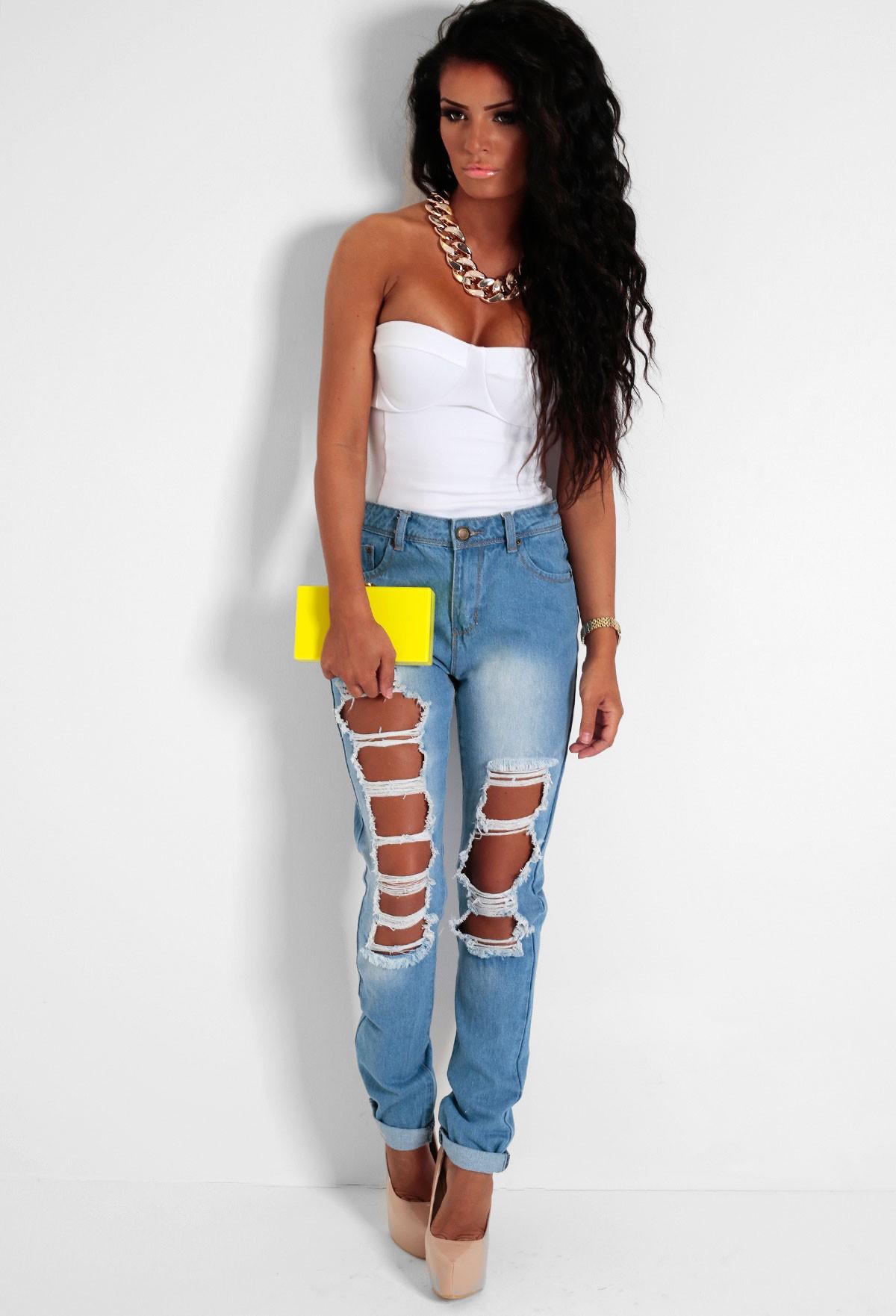 Alazane Light Blue Wash Regular Distressed Jeans | Pink Boutique