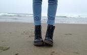 jeans,boots,blue,black,shoes,leather black shoes,black shoes,black combat boots