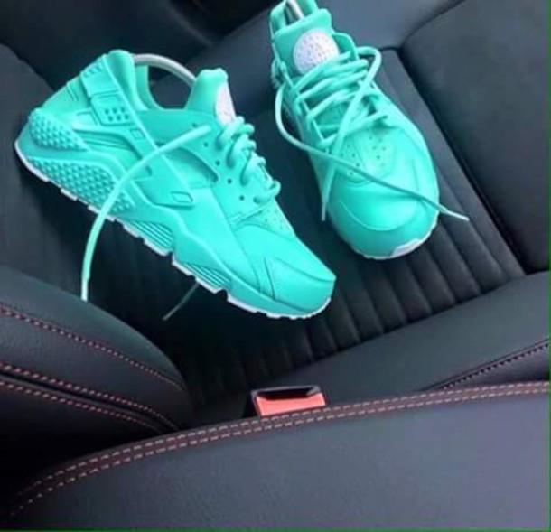 shoes, turquoise, huarache, nike, nike