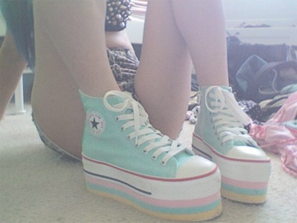 shoes converse tumblr girl high top converse vans grunge shoes blue teal girly teenagers tumblr tumblr clothes tumblr shoes