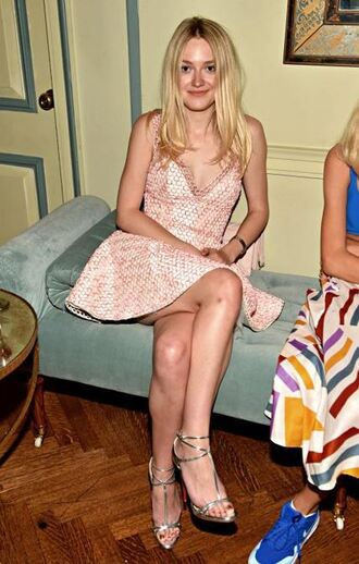 shoes sandals dakota fanning dress