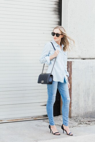 eat sleep wear blogger skinny jeans ripped jeans quilted bag chain bag