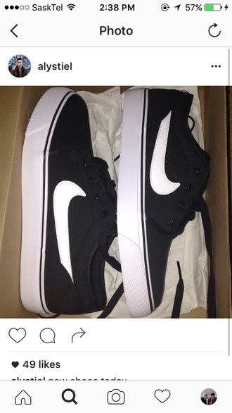 shoes nike black white logo sneakers nike sneakers