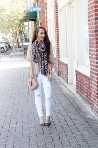 sunshine&stilettos blogger sweater scarf jewels bag shoes make-up fall outfits gucci bag shoulder bag white pants beige top