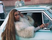 coat,fur,fur coat,beyonce,music video,jacket,old school,jewels,big fur coat,editorial,bracelets,stacked bracelets,box braids