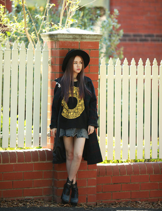 chloe ting blogger coat skirt hat platform shoes soft grunge black t-shirt