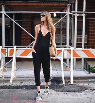 jumpsuit tumblr black jumpsuit cropped jumpsuit sneakers high top sneakers black sneakers converse high top converse black converse bag shoes