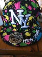 hat,multicolor,cap