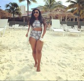 swimwear,reginae carter,baddies,sunglasses