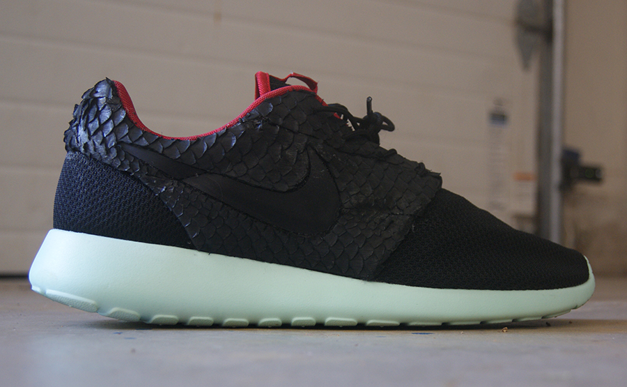 "new style c3328 df03b Nike Roshe Run ""Yeezy 2″ Custom   NiceKicks.com"