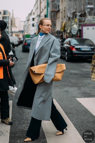 bag large bag pouch coat long coat grey coat oversized coat oversized pants black pants glasses