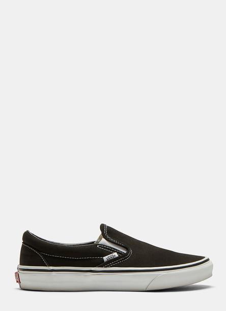 Vans Classic Slip-on Sneakers in Black size US - 09.5