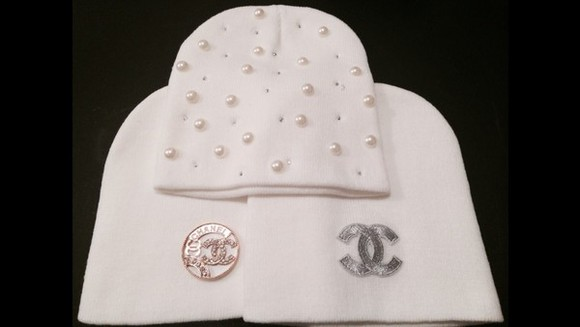 pearls chanel beanie white skullie gold rhinestones silver diamonds tumblr tumblr girl