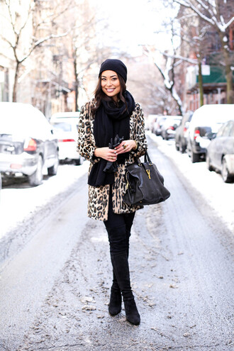 with love from kat blogger coat gloves leopard print