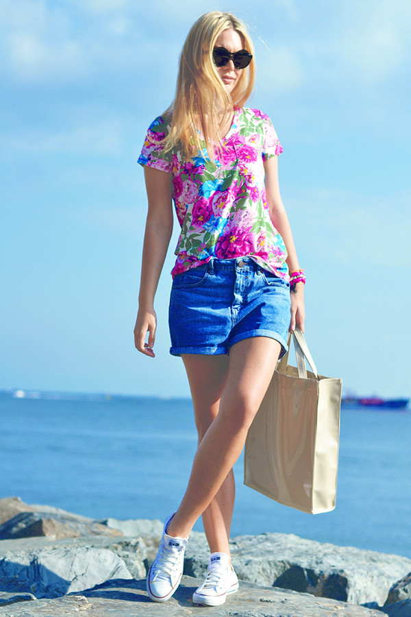 ag on i ya blogger top jeans bag shorts shoes