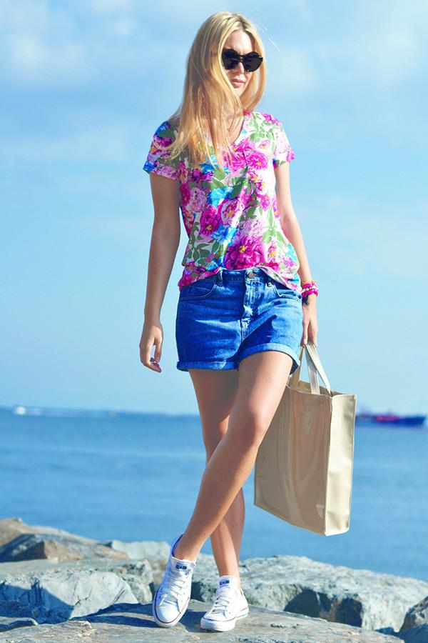 ag on i ya blogger top jeans bag shorts shoes