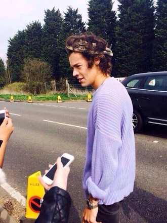 sweater harry styles purple sweater purple menswear one direction pastel lavender cable knit blouse harry styles sweater pastel purple cardigan pullover jumper lavender/lilac harry styles tshirt harry styles purple exactly like this pink lilac mens sweater knitted sweater