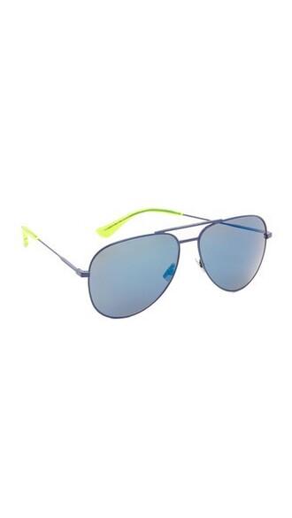 classic sunglasses blue