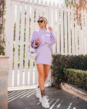 sweater,jumper,lilac,mini skirt,knitted skirt,white sneakers,socks,sunglasses,transparent  bag,earrings