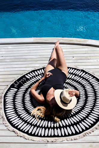 ohh couture blogger sun hat straw hat beach towel one piece swimsuit black swimwear pool party summer holidays