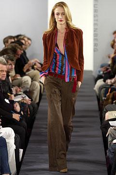 Diane von Furstenberg - Autumn/Winter 2003-4 Ready-To-Wear - NYFW (Vogue.com UK)