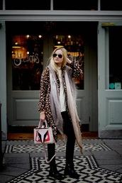 coat,faux deer,deer,deer pattern,deer skin,faux fur jacket,faux fur,faux fur coat,long coat,throw on,animal print,streetwear,streetstyle,blogger,topshop,asos