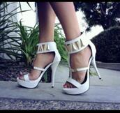 shoes,herls,gold,white,chic
