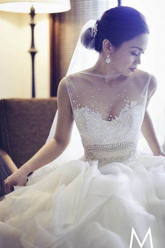 dress vintage wedding dress wedding dress lace v-neckline wedding dress lace wedding dresses