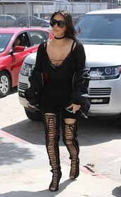 shorts,all black everything,lace up,lace up heels,kim kardashian,kardashians,keeping up with the kardashians,jewels,kim kardashian style,jewelry,necklace,choker necklace,black choker,celebrity style,celebrity,celebstyle for less,black dress