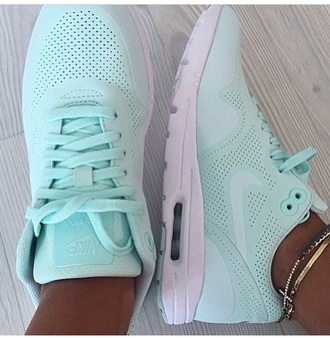 shoes nike nike air max 1 ultra moire nike air max 1 ultra moire fiberglass fiberglass mint nike running shoes nike shoes nike air nike trainers nike running style trainers italy fashion