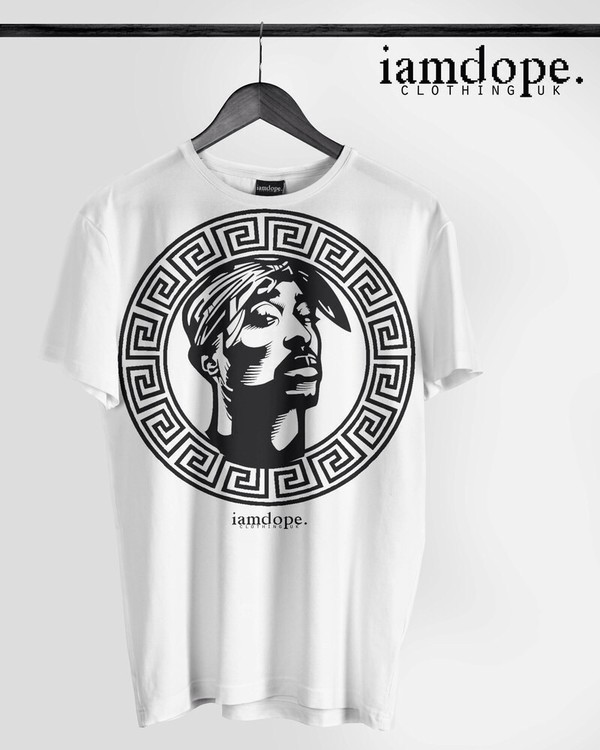 t-shirt black and white tupac versace