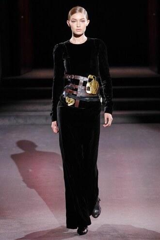 dress velvet velvet dress belt tom ford runway black dress gigi hadid model ny fashion week 2016 maxi maxi dress fall outfits fall dress