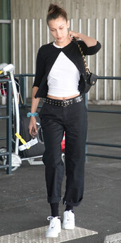 pants,bella hadid,model off-duty,black and white,celebrity,jeans,top,cardigan