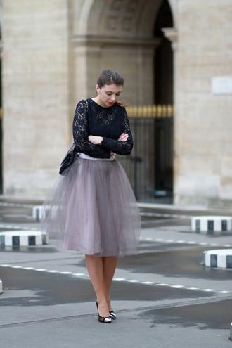 the brunette blogger blouse tulle skirt stilettos skirt