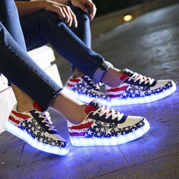 Simulation Led White Shoes